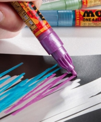Molotow, One4All, punta 2 mm. Shock Blue Middle 161